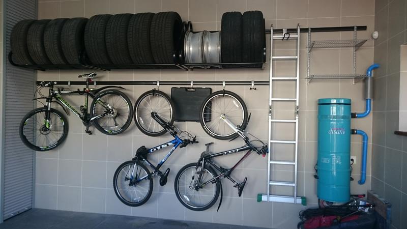 Полка для колес в гараже своими руками размеры.